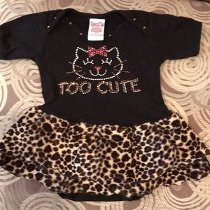 Other - Gorgeous little onesie outfit